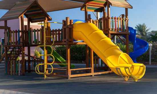 Post Image 5 Things Parents Should Know Before a Trip to the Playground Pack Snacks or Lunch - 5 Things Parents Should Know Before a Trip to the Playground
